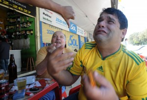 Reactions_in_Brasilia_to_Brazil's_loss_to_Holland_in_World_Cup_quarterfinals_2010-07-02_1